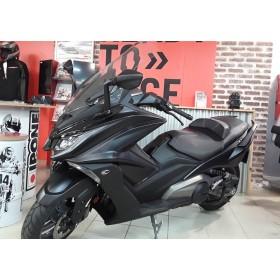 motorcycle rental Kymco AK 550