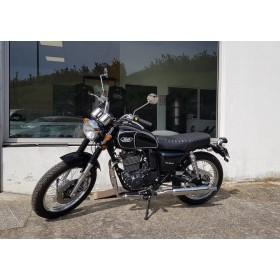 motorcycle rental Mash 400 Five Hundred