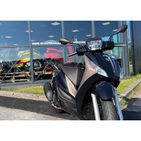 motorcycle rental Piaggio Medley 125