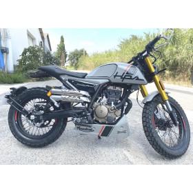 motorcycle rental MONDIAL HPS 125