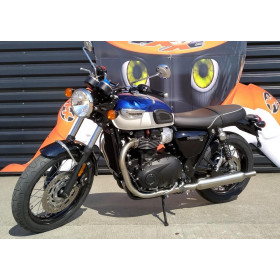 motorcycle rental Triumph Bonneville T100