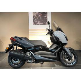 motorcycle rental Yamaha XMAX 300