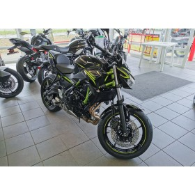 motorcycle rental Kawasaki Z 650