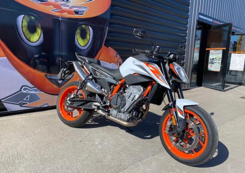 location moto Le Mans Yamaha MT07 1