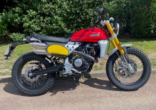 Chambourcy Fantic 125 Scrambler motorcycle rental 14719