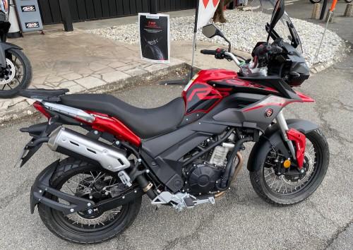 Angoulême Cyclone RX3-S motorcycle rental 14472