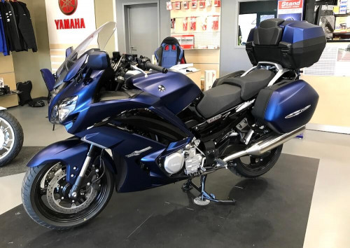 location moto Rodez Yamaha 1300 FJR 12119