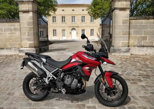 Bordeaux Triumph Tiger 900 GT Pro motorcycle rental 14372
