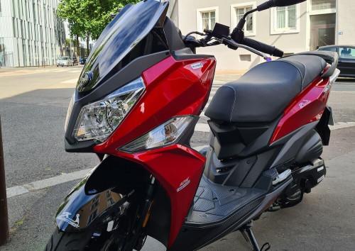 Nantes Sym Jet 14 scooter rental 14521