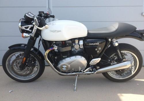 Location moto La Rochelle Triumph 1200 thruxton 2