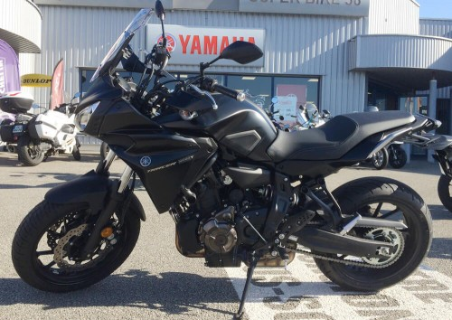 Location moto rouen Yamaha MT07 Tracer 1