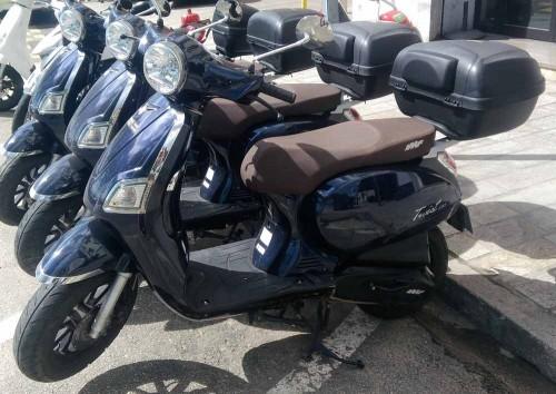 Location scooter Ajaccio IMF Industrie 125 Twist 1