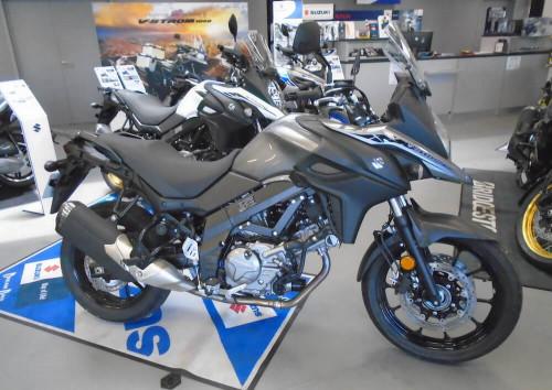 Rodez Suzuki V-Strom DL 650 #2 motorcycle rental 14753